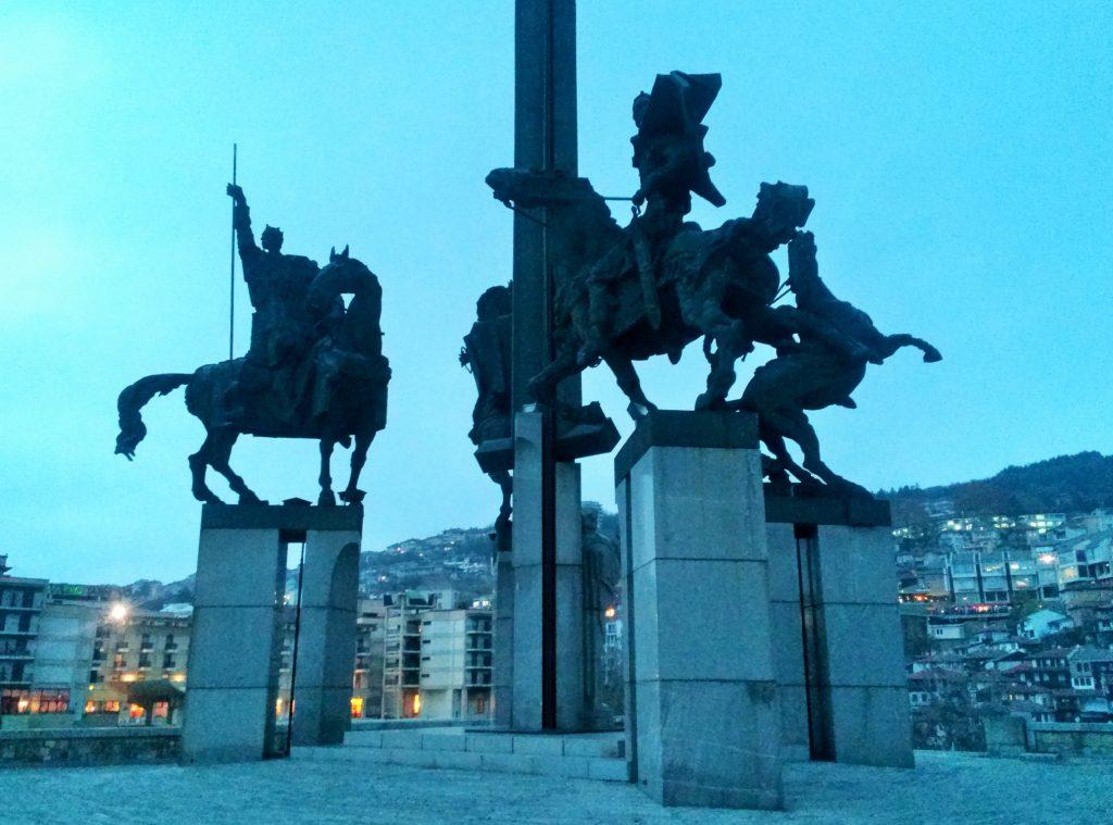 Reiterstandbilder in Veliko Tarnovo Bulgarien