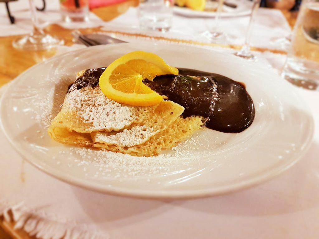 Gundel Palatschine als ungarisches Restaurant Gericht