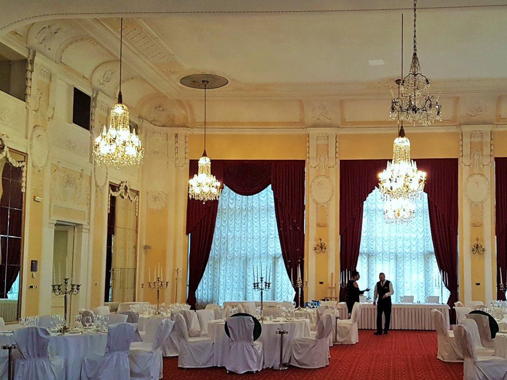 Kristallsaal im Hotel Kvarner, Opatija Sehenswürdigkeiten