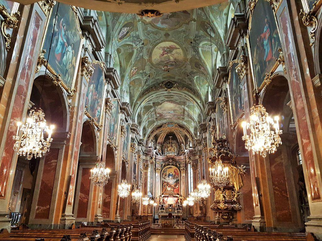 Dom Innenraum, St. Pöltner Sehenswürdigkeiten