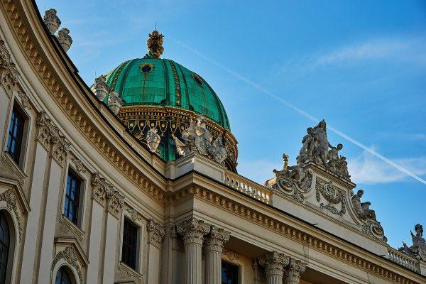 Michaelerkuppel über der Wiener Hofburg