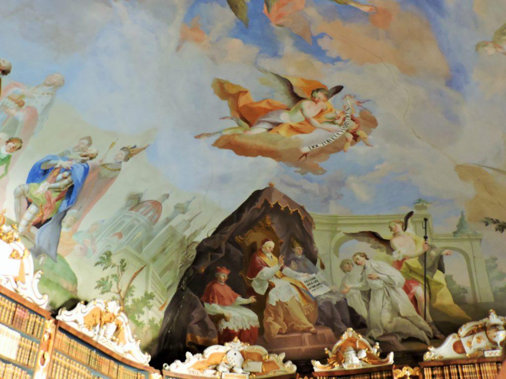 prachtvolle Decken-Fresken der  Klosterbibliothek von Nova Rise