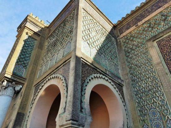 prächtiges Stadttor in Meknes Marokko