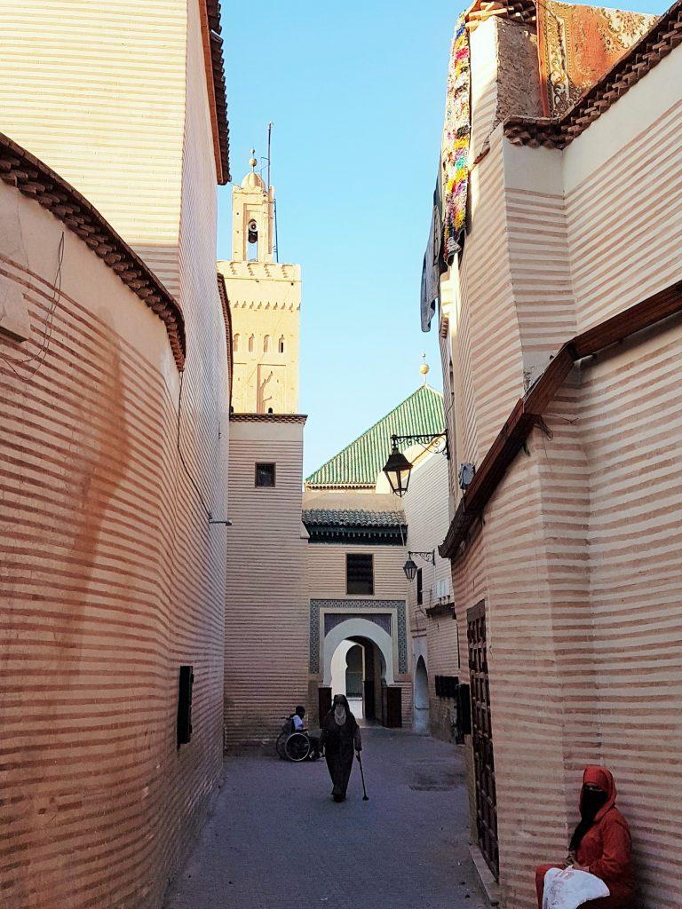 Gassen und Häuser der Medina von Marrakesch