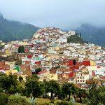 der malerische Ort Moulay Idriss Pilgerort in Marokko