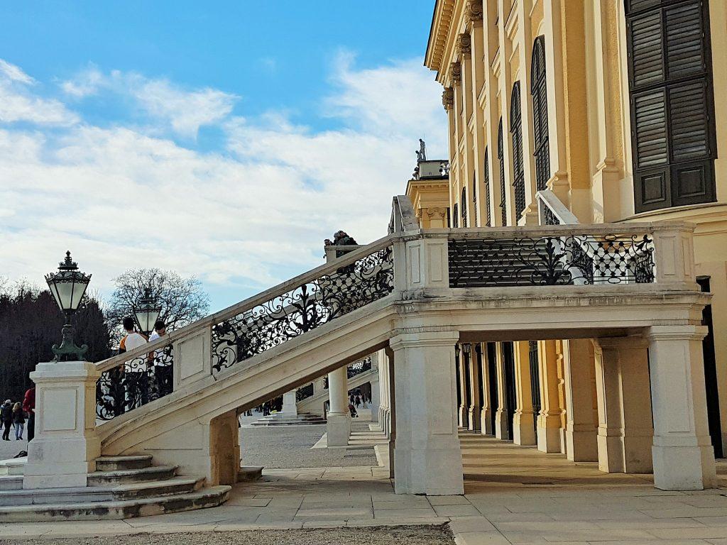 prächtiger Stiegenaufgang Schloss Schönbrunn