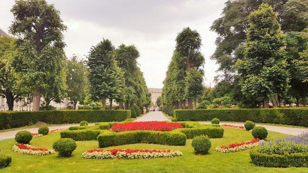 Grünoasen in Wien, ParksVolksgarten