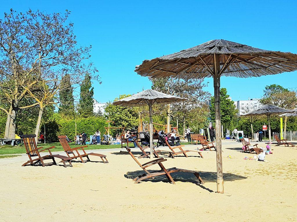 Hirschstetten Badeteich mit Strand