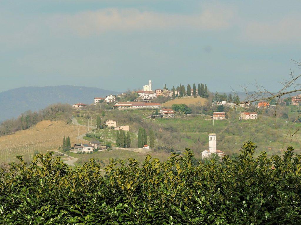 Wein Kultur in den Dörfern von Brda, Slowenien