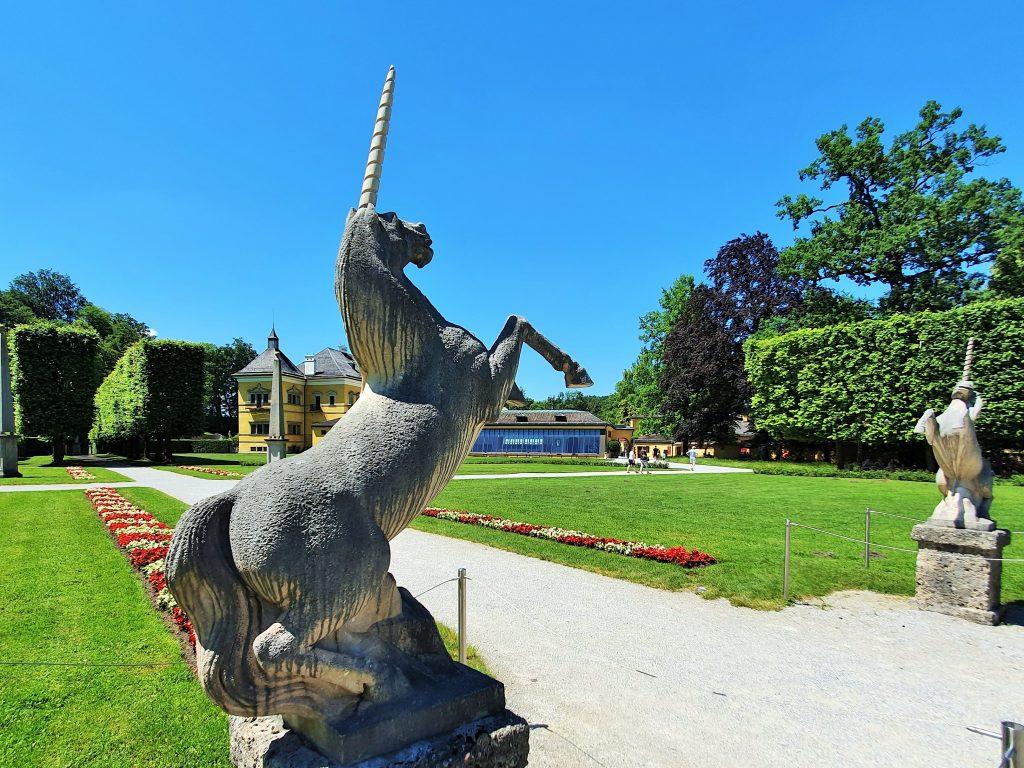 Einhörner aus Marmor, Hellbrunner Park Salzburg