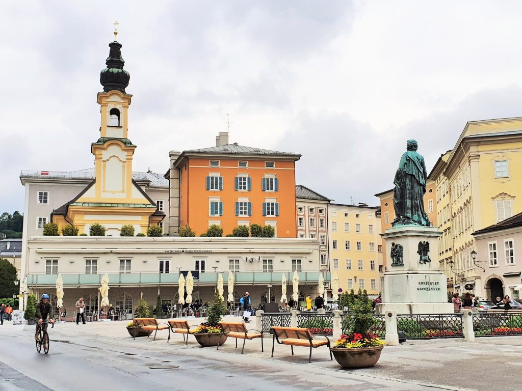 Mozart-Kultur-Denkmal in Salzburg Altstadt