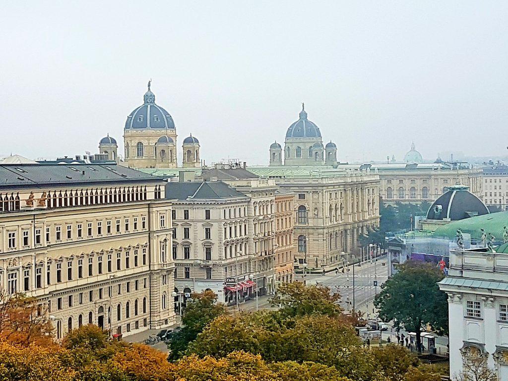 Blick von oben auf Wiener Innenstadt Palais