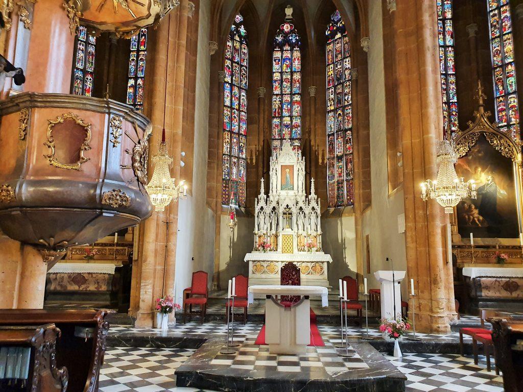 Hochaltar der Wallfahrtskirche Maria Straßengel