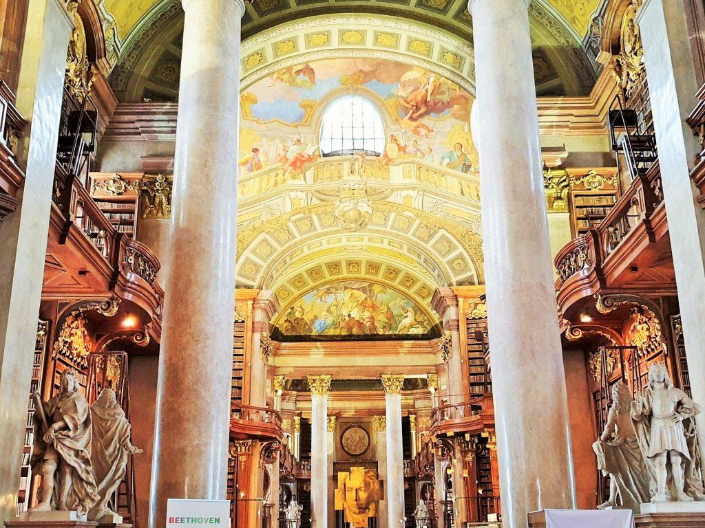barocker Prunksaal Österreichische Nationalbibliothek Wien