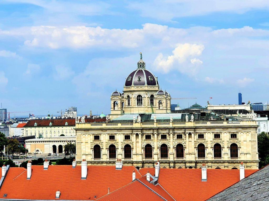 Blick von oben auf das Kunsthistorische Museum Wien