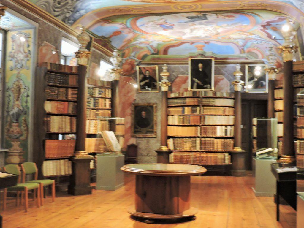 alte Bibliothek von Stift Rein
