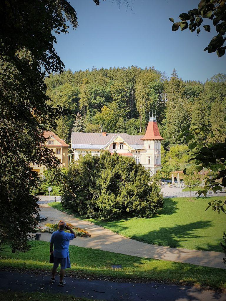 schöner Kurpark von Luhacovice Tschechien