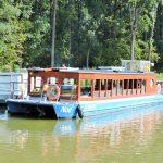 ein Schiffsausflug auf dem Bata Kanal Tschechien