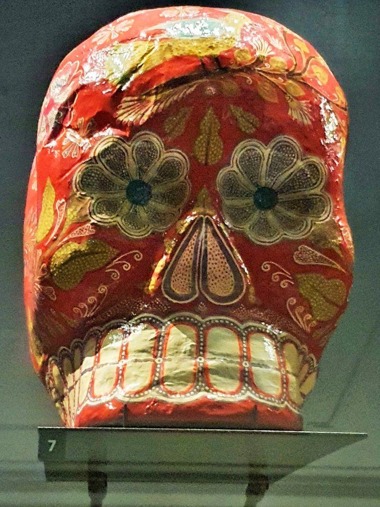 bunt bemalter Totenschädel aus Mexico, Todos Santos