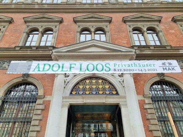 Gebäude mit Ausstellung Adolf Loos Wiener Stil