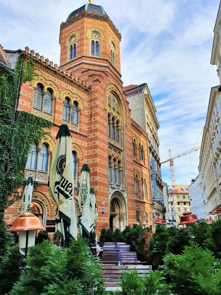 Fassade der griechisch-orthodoxe Kirche Wien