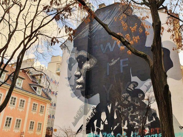 Streetart Murals an einer Häuserwand in Wien