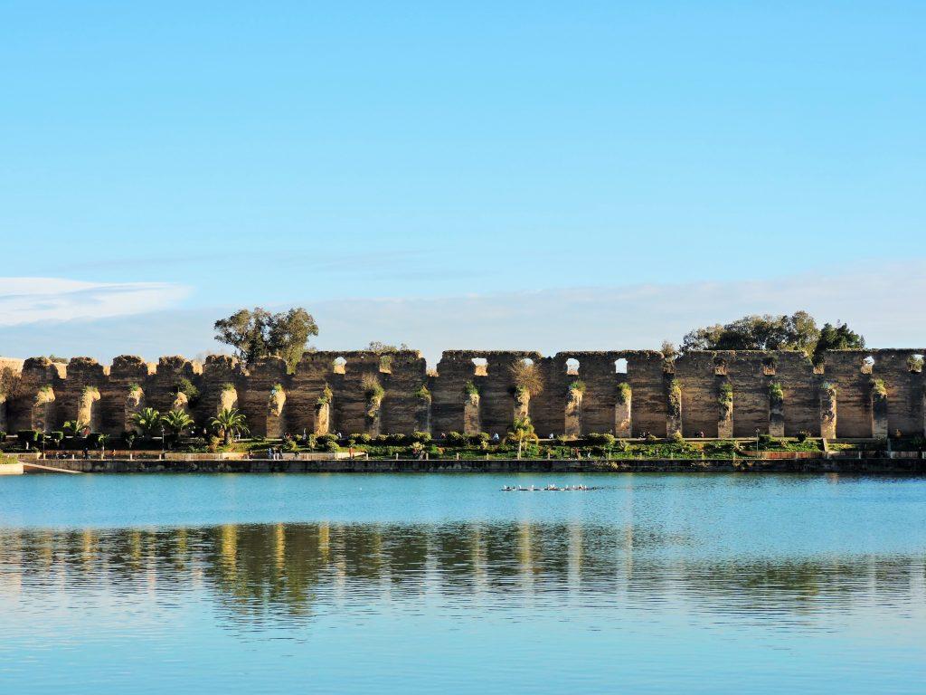 malerisches Bild eines Wasser-Reservoirs in Meknes