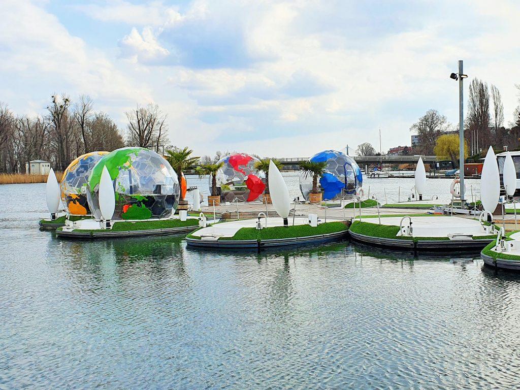 schwimmende Bootsinseln Alte Donau Wien