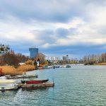 kleine Boote am Wasser, Alte Donau Wien