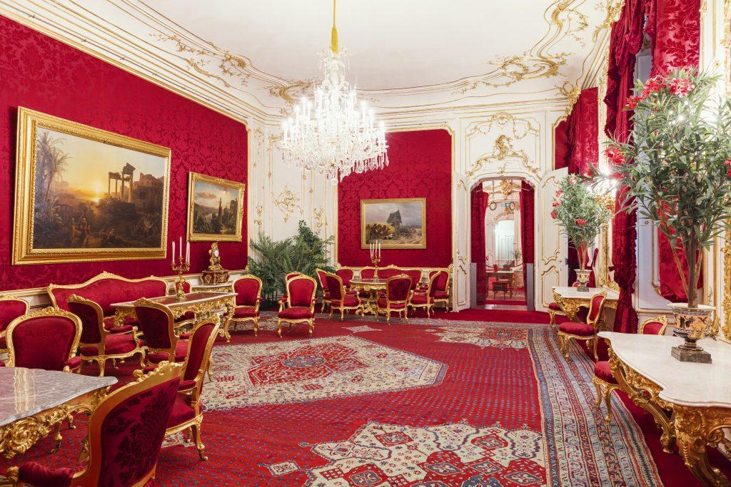 kaiserlicher Roter Salon in der Hofburg Wien