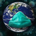 Corona Reisecheckliste Vorbereitung, Weltkugel mit Maske