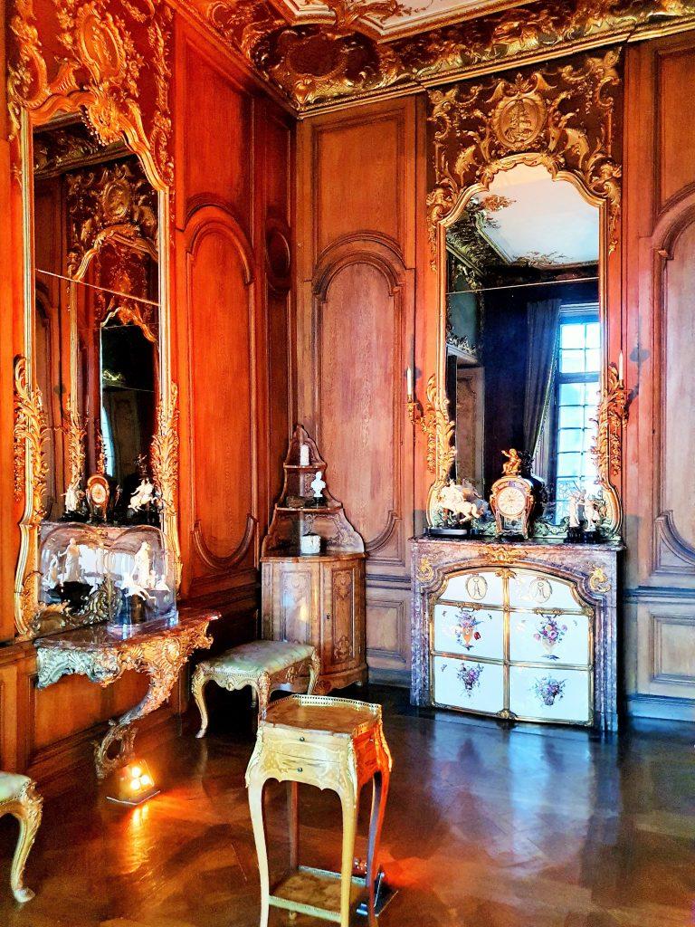 historischer Raum im Rokoko Stil