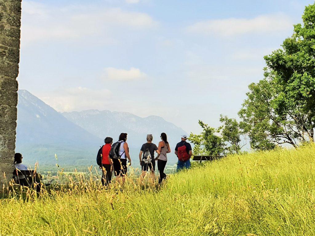 Klosterfasten, Fastengruppe beim Wandern