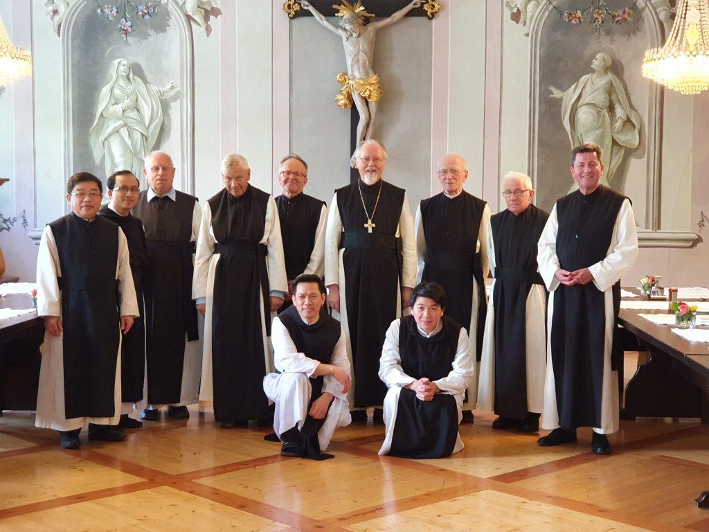 Gruppe der Zisterzienser Mönche von Stift Stams