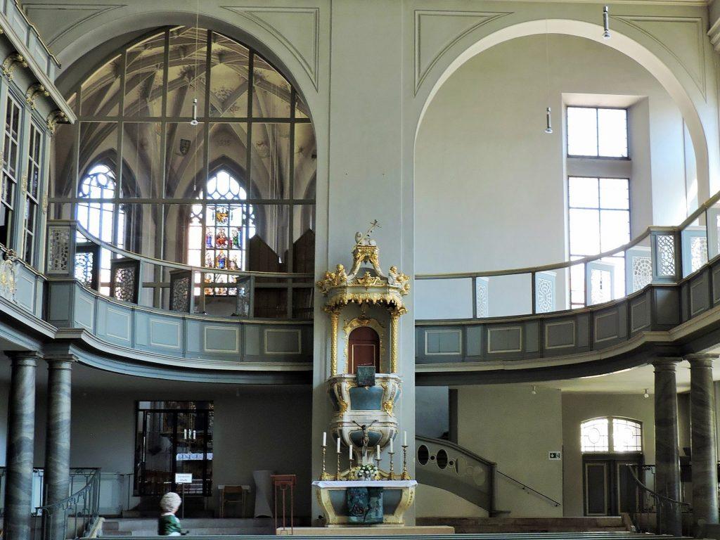 Innenraum evangelisch lutherische Kirche Ansbach