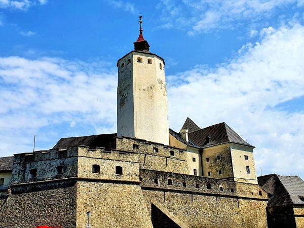 Burg Forchtenstein, eines derEsterházy Schlösser Burgenland, Burg Forchtenstein