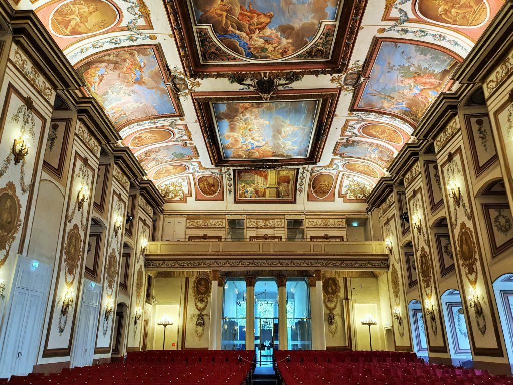 Schloss Esterházy prunkvoller barocker Haydn-Saal