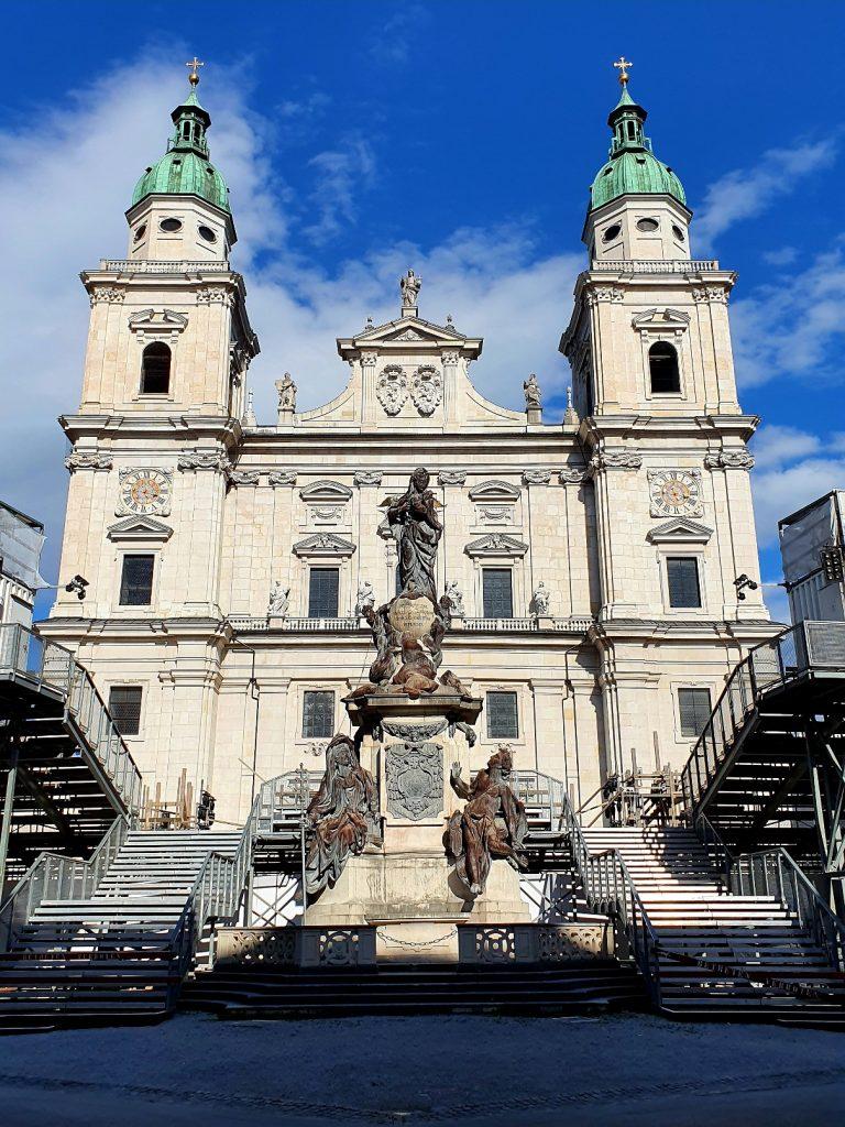 Jedermann Bühne vor dem Salzburger Dom