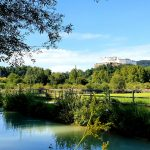 Almkanal Salzburg mit Festung