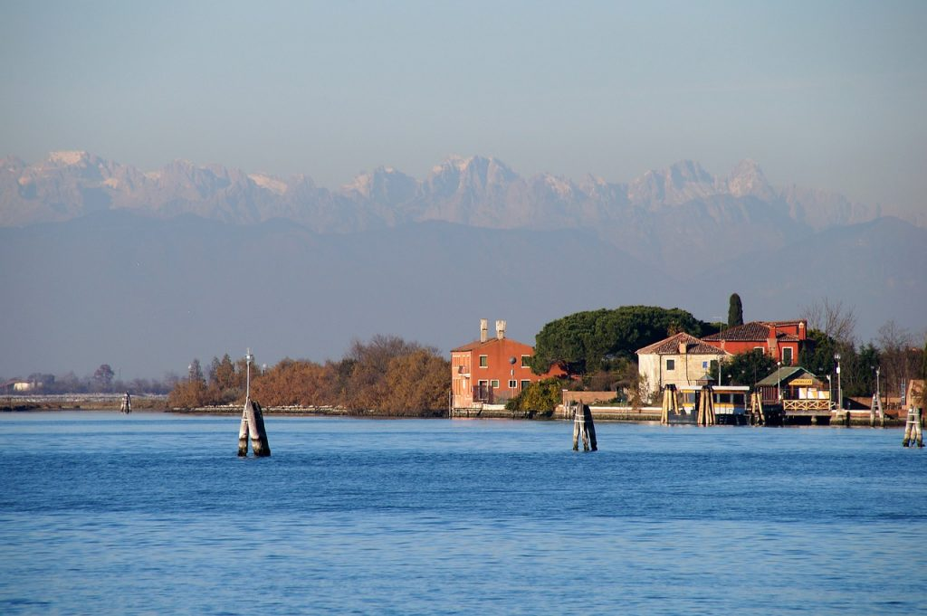 italienische Insel Torcello im Abendlicht