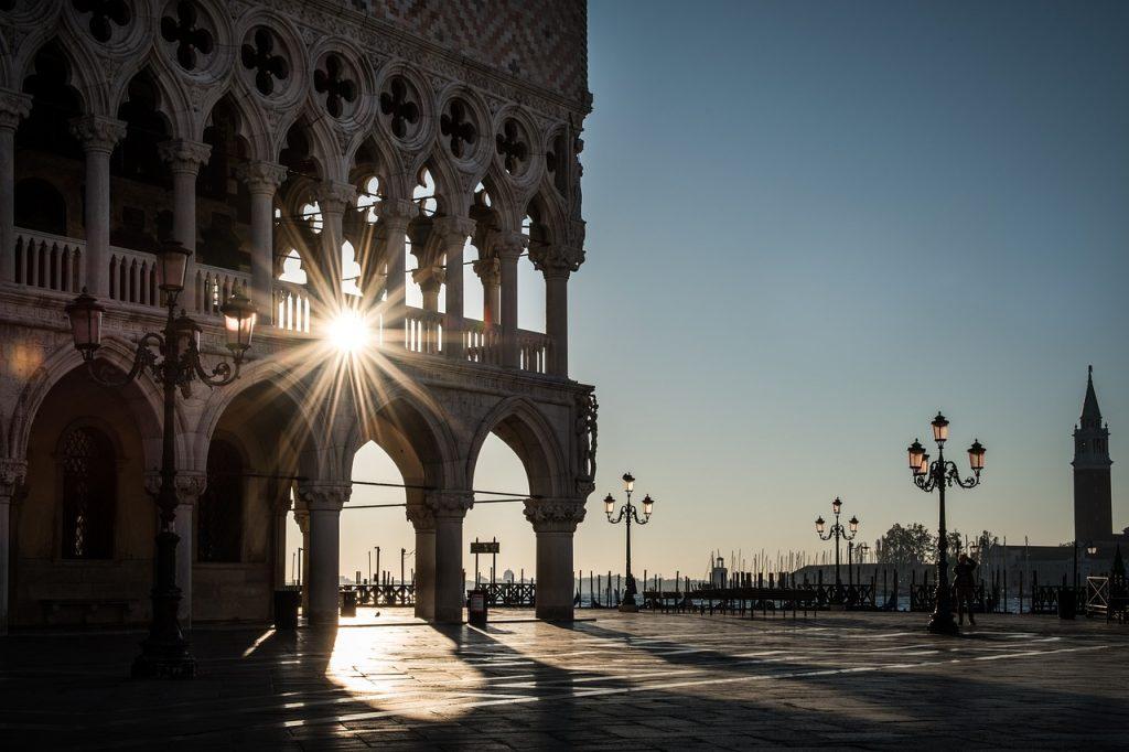 Dogenpalast, Venedig im Winter